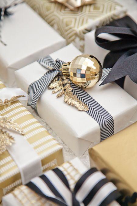 Mariage - Christmas Gift Wrap: Black, White   Gold
