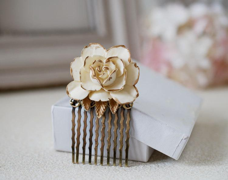 Hochzeit - Ivory Rose Hair Comb. Wedding Hair Comb, Bridal Hair Comb, Cream Ivory and Gold Flower Hair Comb, Antique Brass Vintage Style Shabby Chic
