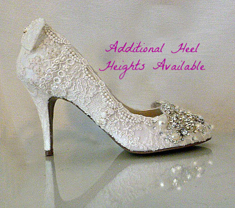 4736d936976 Vintage Lace Wedding Shoes .. Lacy Wedding Heels.. Bridal Shoes ..  Sparkling Shoes .. FREE Postage within USA