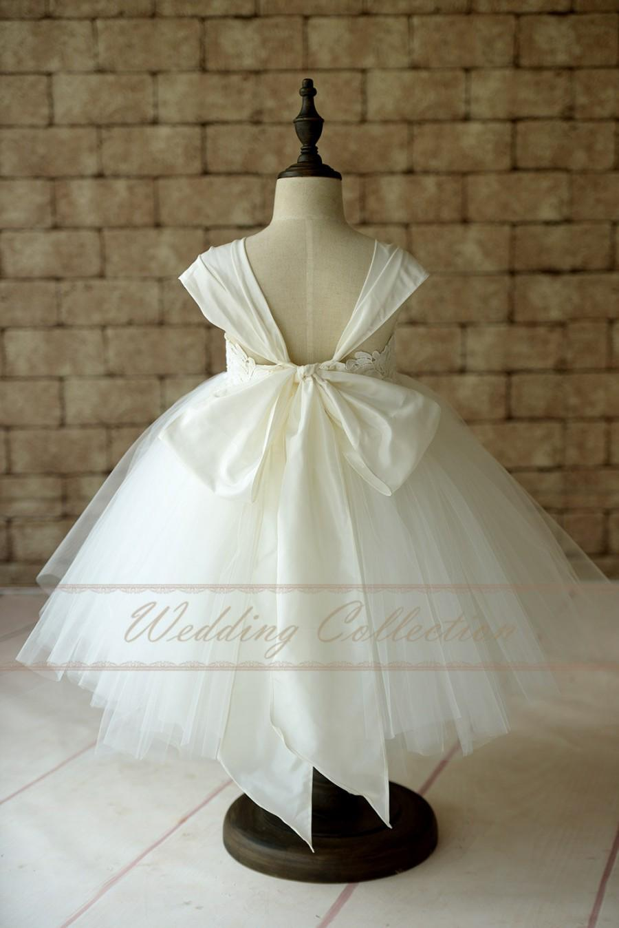 Flower Girl Dress Cap Sleeves Tulle Ball Gown Knee Length With Big ...