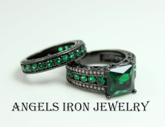 Black Gold Engagement Ring Set Princess Cut Green Emerald Wedding