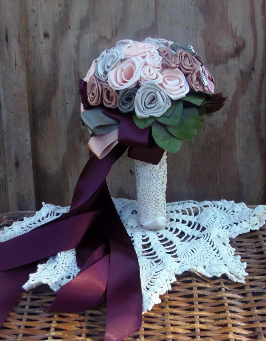 Mariage - Burgundy Pecan Peach Sage Fall Shades Bridal Bouquet