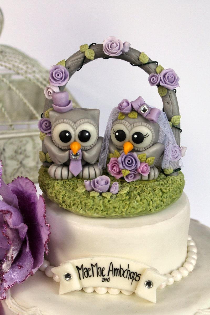Mariage - Owl cake topper with wedding floral arch, stand and banner - wedding custom cake topper