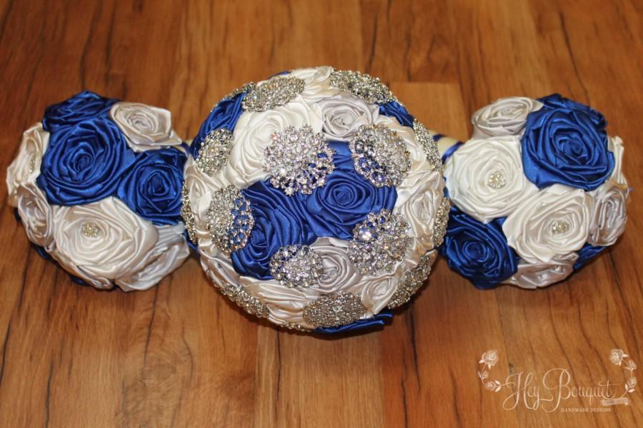 Mariage - Brooch Bouquet Package, DEPOSIT, Royal Blue, Silver, & Ivory Brooch Bouquet Order, Blue Brooch Bouquet, CUSTOM MADE, Navy Blue, Light Blue
