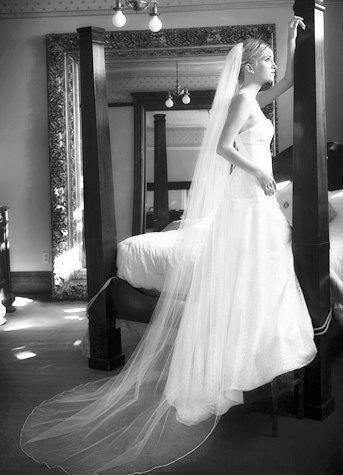 Mariage - Wedding veil - Chapel length  bridal veil - 90 inches long with a beautiful pencil edge