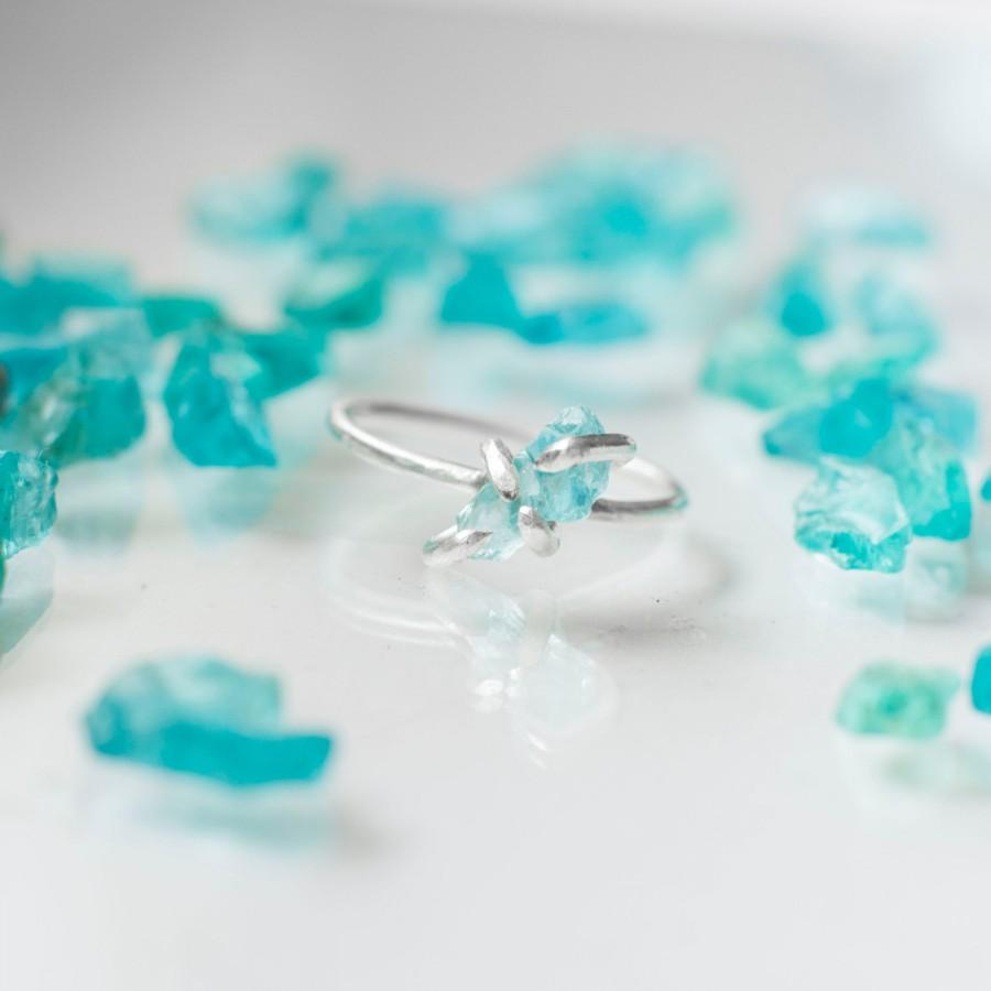 Hochzeit - Rough Apatite Ring ~ Sterling Silver ~ Raw Rough Uncut Natural Gem Stone