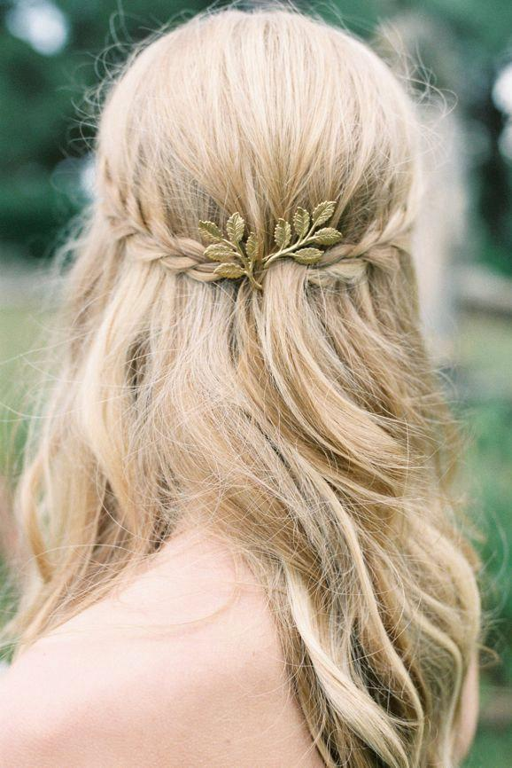 Hochzeit - Leaf Hair Pin - Wedding Hair Style - Trending Hair Pin - Boho Hair