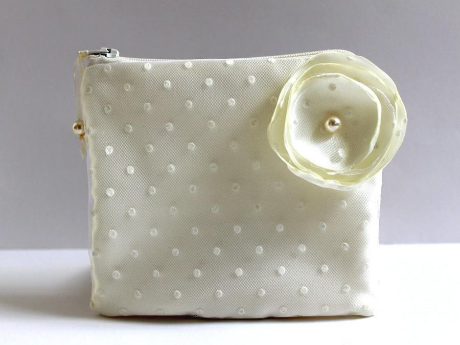 Mariage - Swarovski Pearls Polka Dot Tulle Bridal Mini Clutch Purse, Ivory Cosmetic Bag Case, Makeup Pouch, Bridal Shower Gift, Bridal Party Gifts