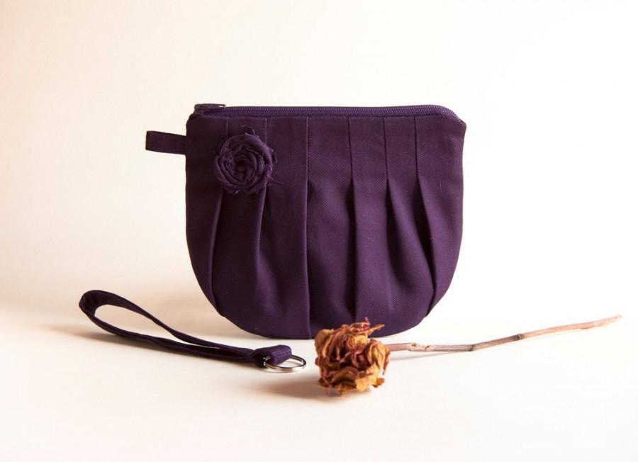 Mariage - Purple Bridal Wedding Boho Clutch Purse, Wristlet Wedding Bridesmaid Gift Idea Clutch, Romantic Rosebud