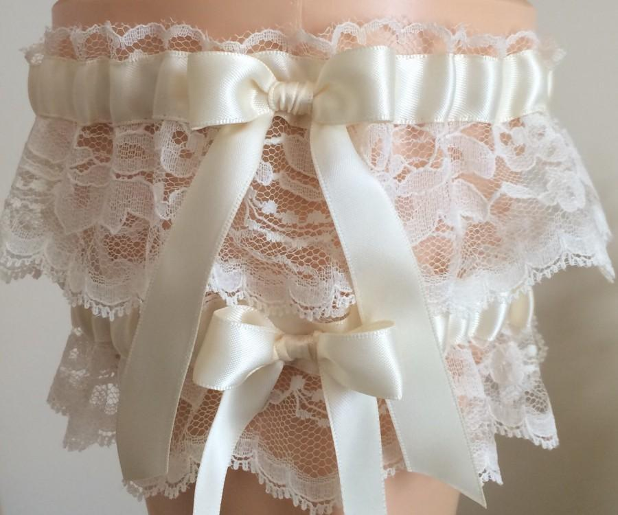 Wedding - Ivory Lace Wedding Garter Set, Bridal Garter Set, Keepsake Garter, Prom Garter