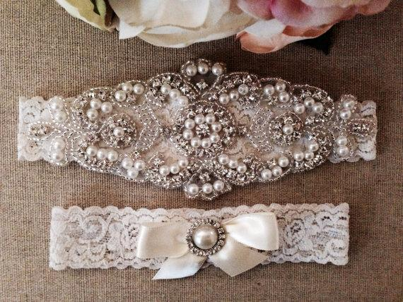 Свадьба - Wedding Garter - Bridal Garter - Pearl and Crystal Rhinestone Garter and Toss Garter Set