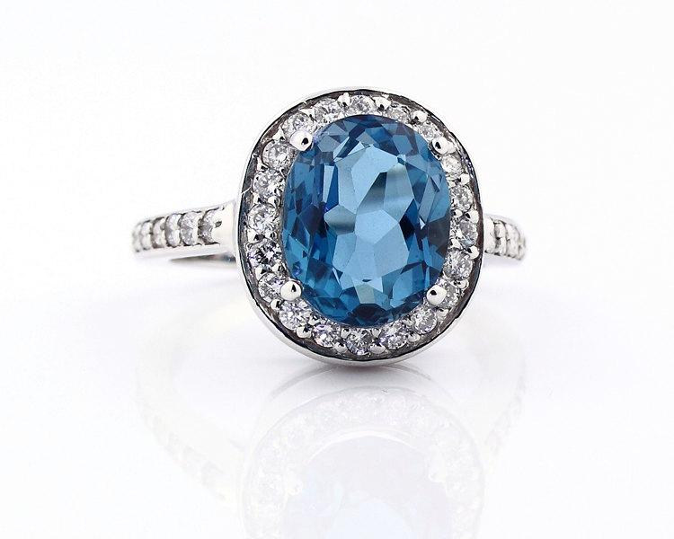 Mariage - Natural SPARKLING London Blue Topaz Solid 14K White Gold Diamond Halo Ring