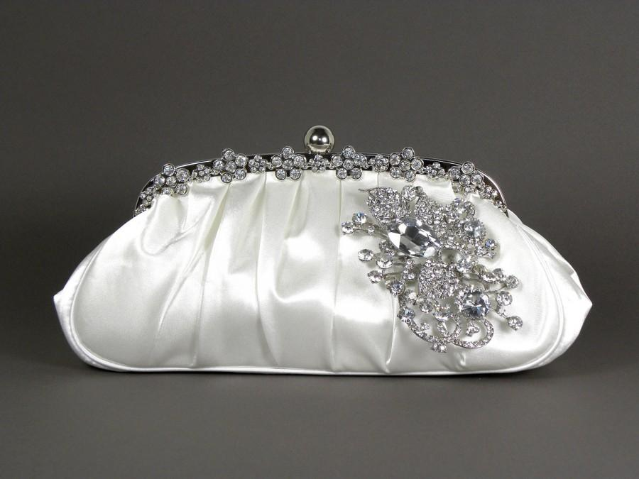 Свадьба - White Satin Bridal Clutch, WeddingClutch Purse, Vintage Style Bridal Clutch, Rhinestone Clutch,
