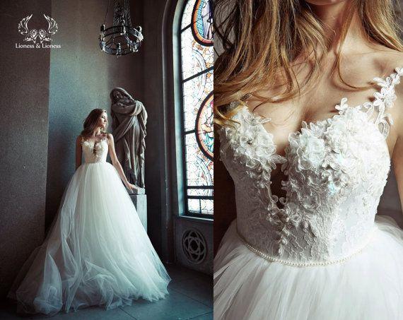 زفاف - Ball Gown Wedding Dress. Tulle Wedding Dress. Wedding Dress. Bridal Dress. Princess Wedding Dress