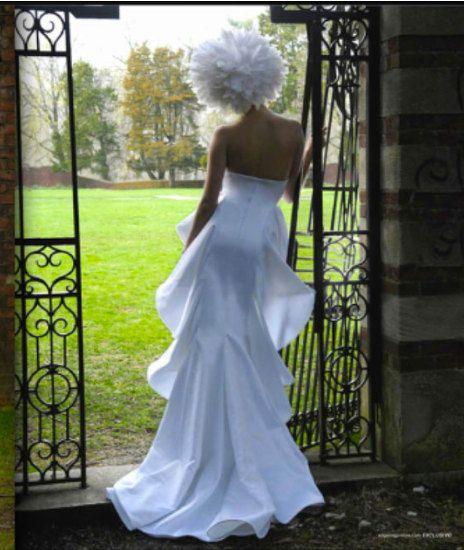 """زفاف - Irina Shabayeva """"queen Mary"""" Bridal Gown. Feather Head Piece Is Also Available"""