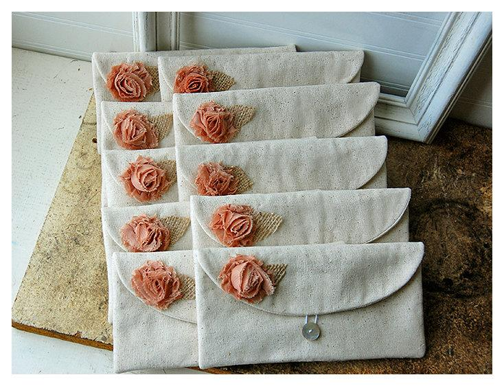 Mariage - burlap bag clutch set 3 4 5 6 rustic wedding rose color choice purse Personalize Bridesmaid party Custom Pouch gift MakeUp ,Gift Under 25