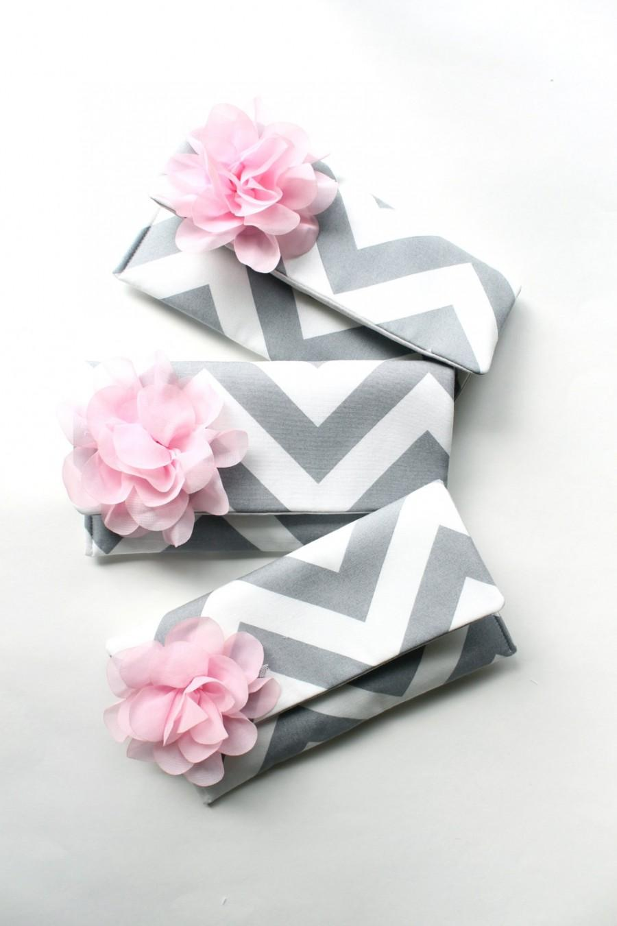Mariage - Bridesmaid Clutch Set, Gray Chevron Wedding Purse with Personalized Flower Colors