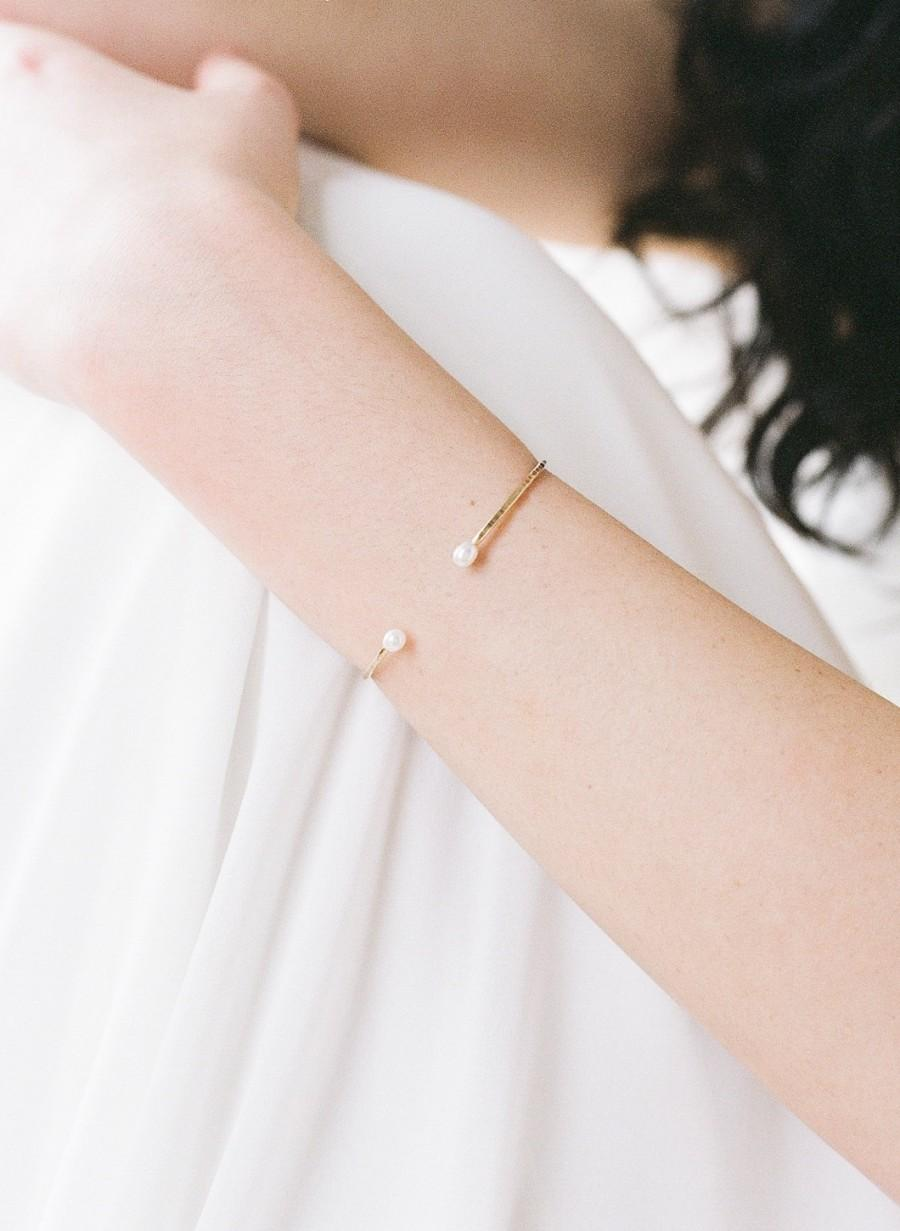 Mariage - Marie // Cuff With Freshwater Pearls