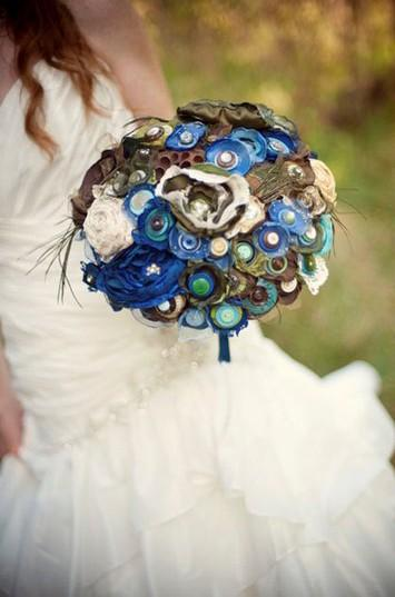 Mariage - Jillianns One of a Kind Macey Peacock Bouquet