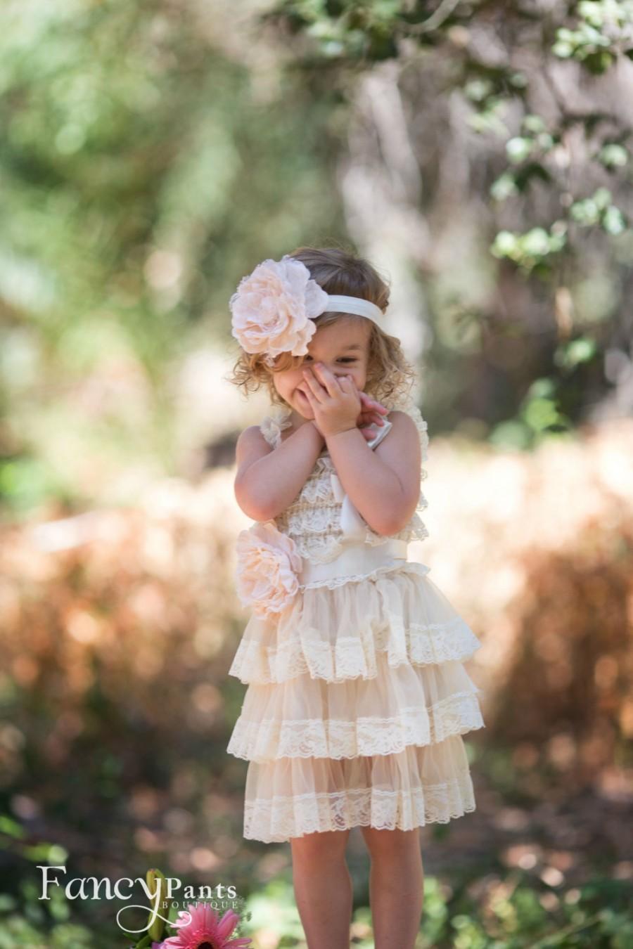 زفاف - Rustic Flower Girl Dress, Champagne Cream Flower Girl Dress, Toddler lace dress, Baby dress, Vintage / Shabby Chic dress, Birthday Dress