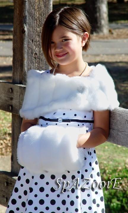 Mariage - CHILD size faux fur wrap shawl shrug bridal wedding mink stole -(White, Ivory, Brown or Black)