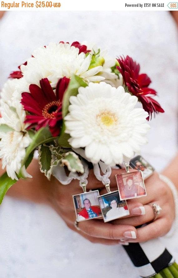 Свадьба - SALE Set of 2 Custom Photo Bouquet Charms