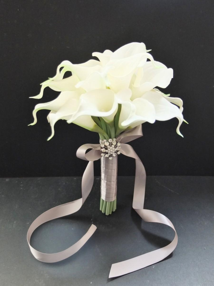 Bridesmaid bouquets ivory calla lily bridesmaid bouquet bridal bridesmaid bouquets ivory calla lily bridesmaid bouquet bridal bouquet wedding bouquet izmirmasajfo