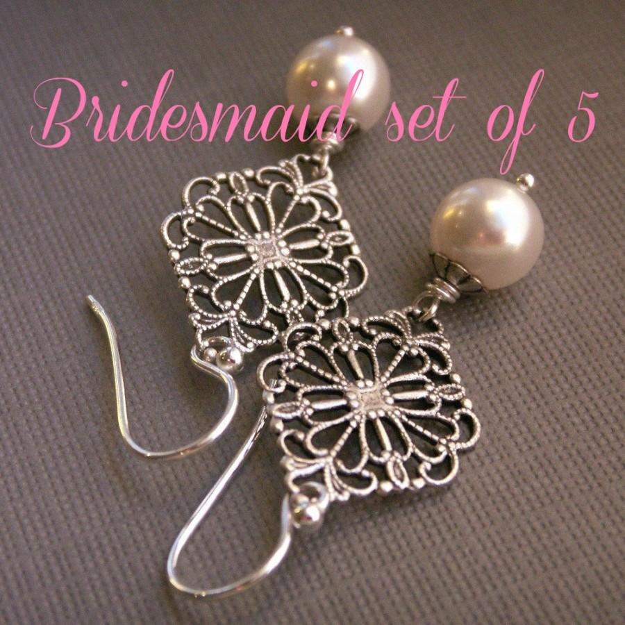 زفاف - Bridesmaid earrings, set of (5) five pearl earrings, sterling silver, filigree earrings, vintage inspired, white pearls, bridesmaid gift,