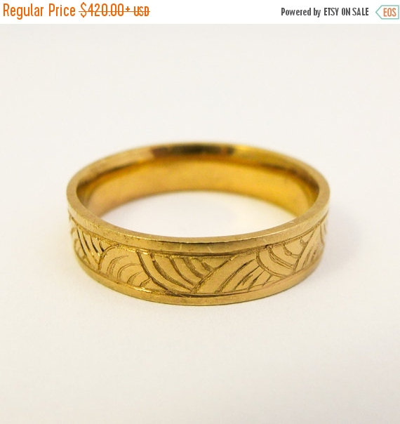 On Sale Men S Wedding Ring 14 Karat Gold Engraved Wedding Band
