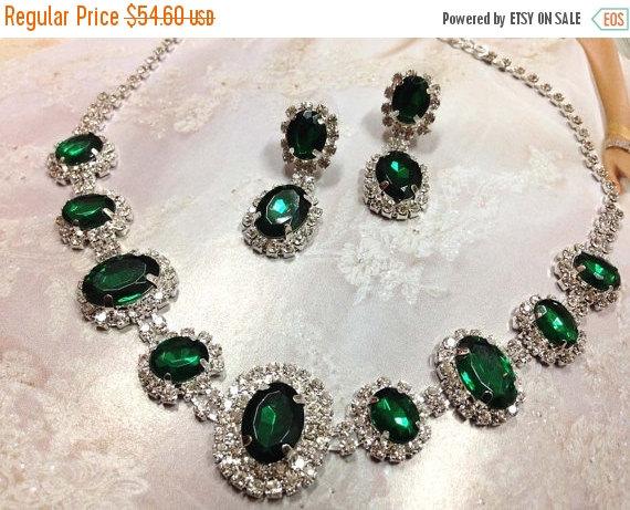 Свадьба - Wedding jewelry, bridesmaid necklace earrings, vintage inspired rhinestone bridal statement, Emerald Green crystal jewelry set