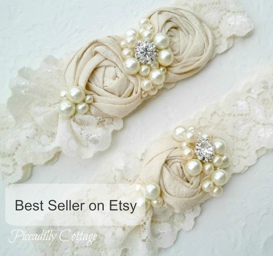Hochzeit - Ivory Wedding Garter Set,  Dupioni Silk Rosettes, Heirloom Wedding Garter, Bridal Garter,  Toss Garter Included, Vintage Wedding