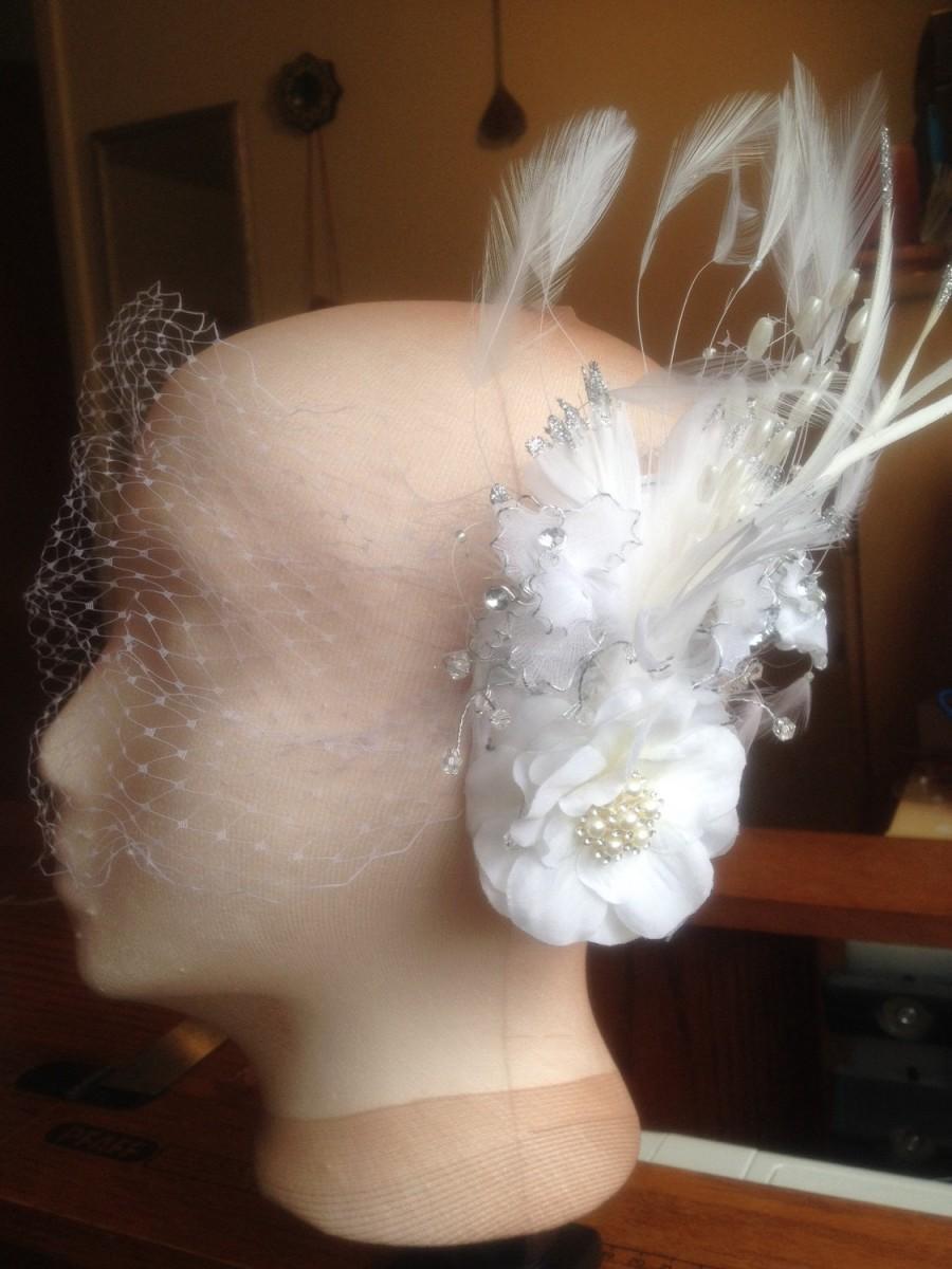 زفاف - Odette White with Cream and Silver Bridal Fascinator