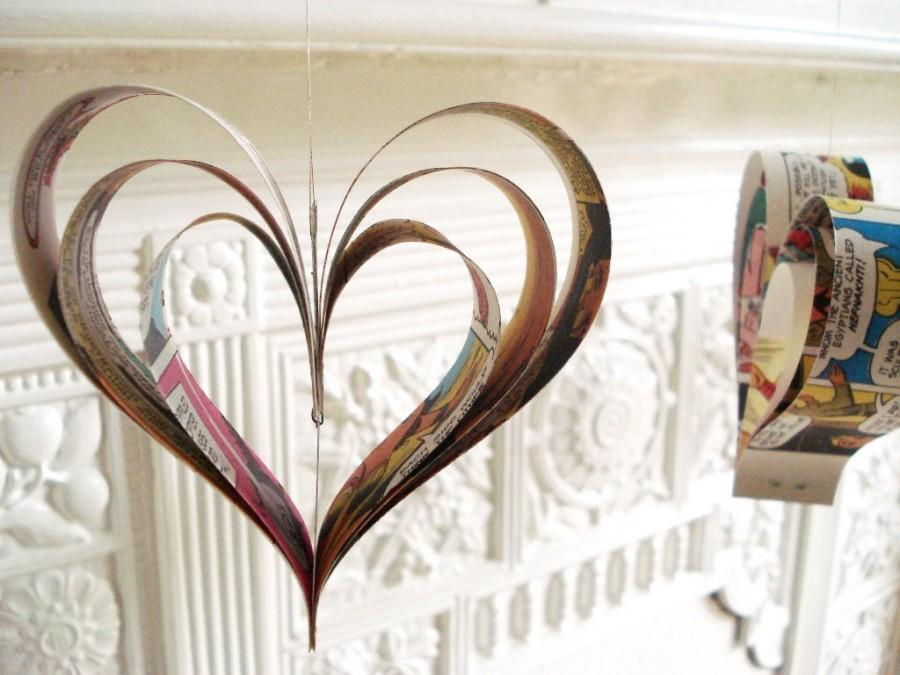زفاف - Paper Hearts Comic Books Party Decorations Upcycled Geek, Wedding Decor
