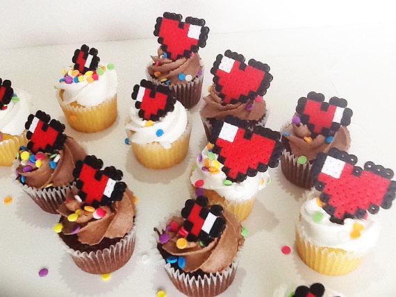 Свадьба - Pixel Heart Cupcake Toppers
