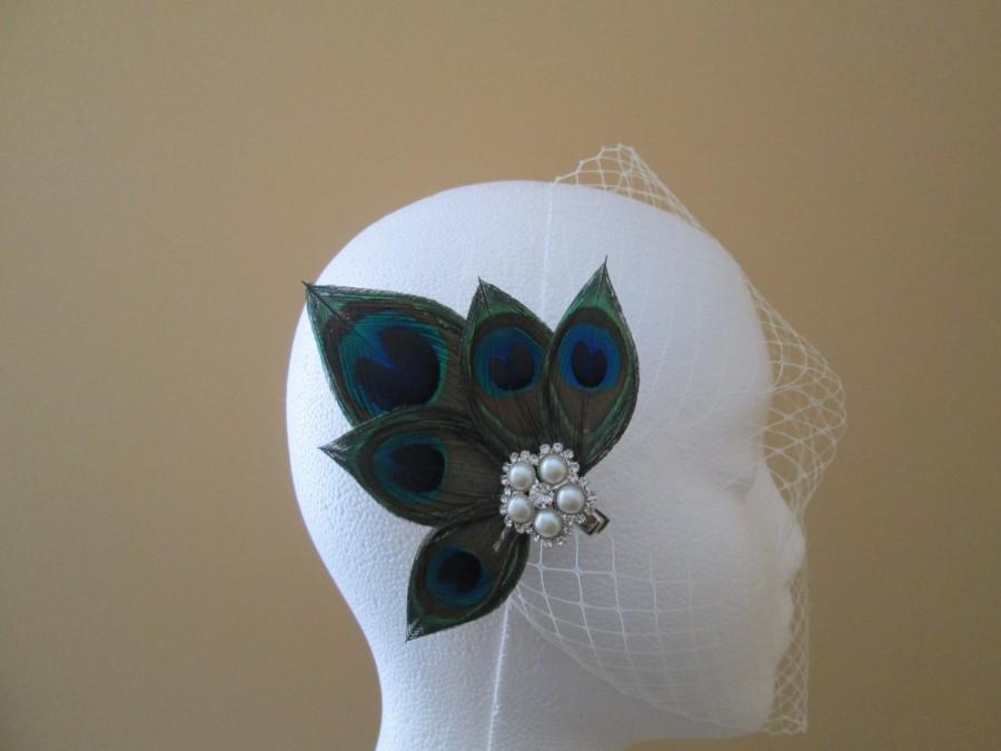 Mariage - PEACOCK Wedding Hair Flower Fascinator, Bridal Birdcage Veil, Bride's Peacock Feather Hair Piece with Pearls and Rhinestones, Hair Accessory