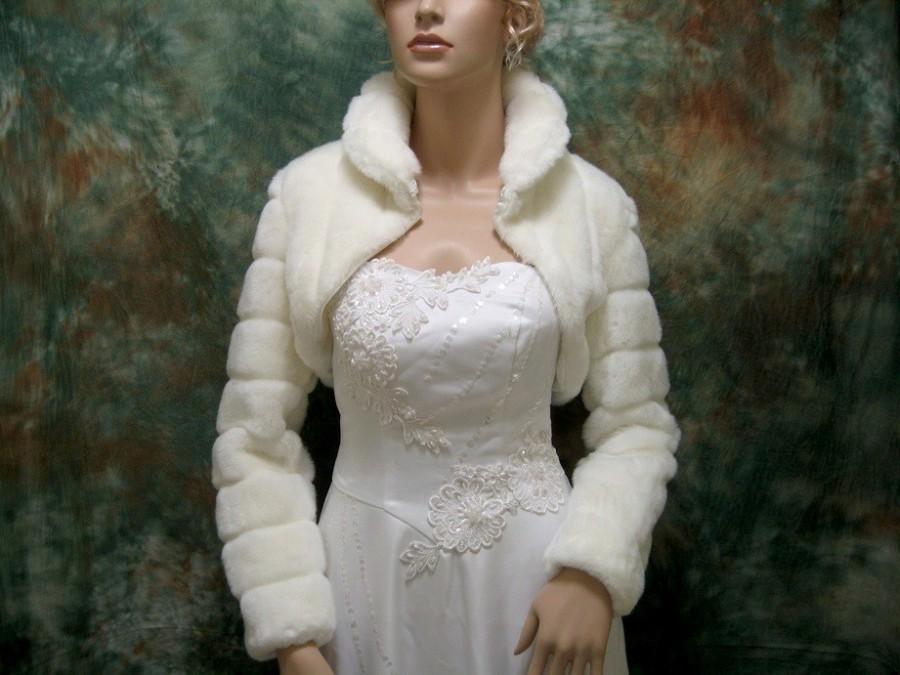 Свадьба - Ivory faux fur long sleeve jacket shrug bolero FB001-Ivory