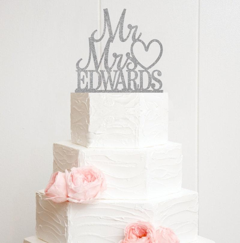 Mariage - Mr and Mrs Glitter Wedding Cake Topper Stacked Design with YOUR Last Name - PERFECT for Long Last Names!! - 0174