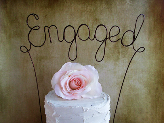 Mariage - ENGAGED Cake Topper Banner - Engagement Party Cake Topper, Rustic Wedding Decoration, Shabby Chic Wedding, Garden Party