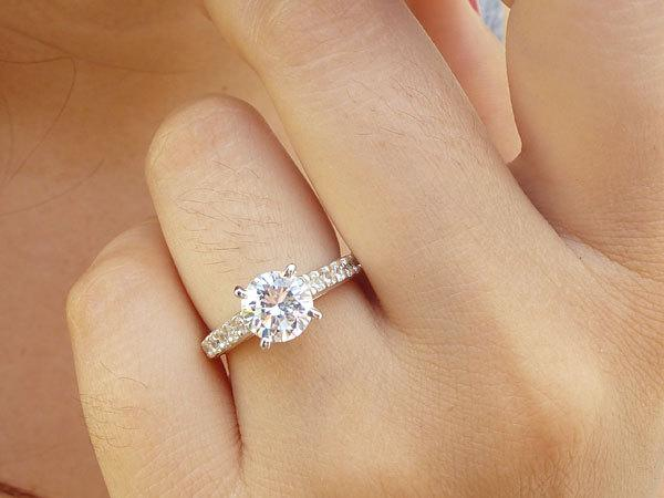 Mariage - Sterling Silver Engagement Ring -  Cathedral Engagement Ring - 7mm Solitaire Ring - Faux Diamond - Round Cut Promise Ring - Paved Ring