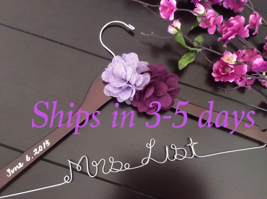 Mariage - 3 DAYS SALE--Rush order,Wedding hanger, custom wire hanger, bridal hanger, bride gift, bridesmaids gift, custom made hanger