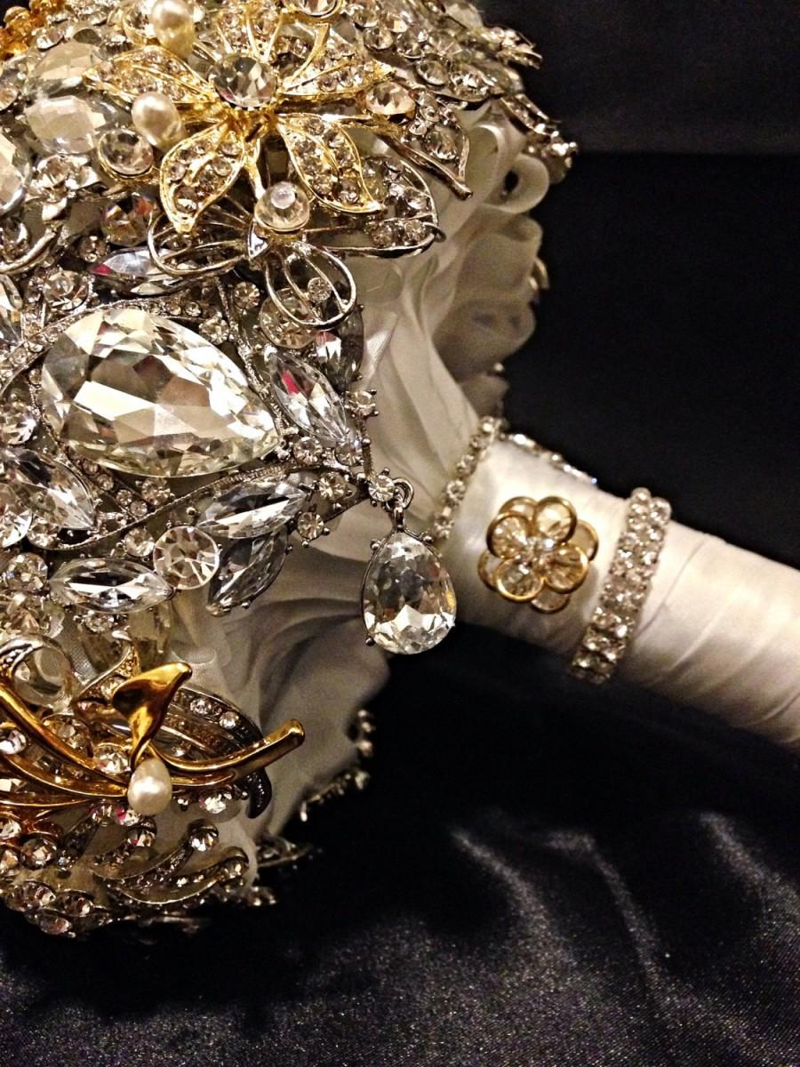 Свадьба - Silver Gold Wedding Brooch Bouquet. Deposit on made to order Crystal Bling Jeweled Diamond Bridal Broach Bouquet