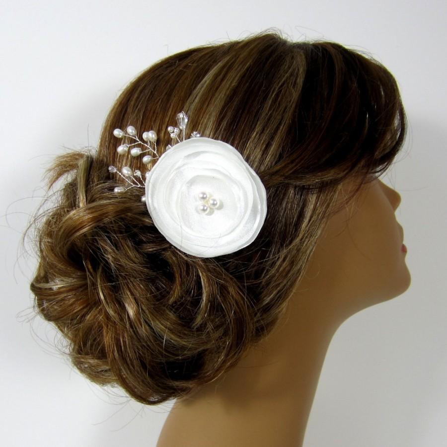 Mariage - Bridal Comb,Flower  Bridal hair comb, Wedding hair accessories, Bridal Headpieces, Rhinestone hair comb bridal