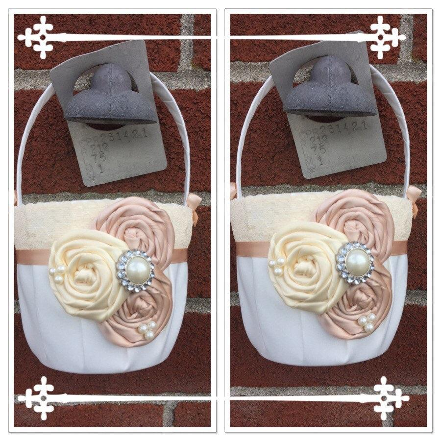 Hochzeit - Set of Flower girl baskets /blush  Flower girl basket / YOU DESIGN / Blush  Flower girl basket