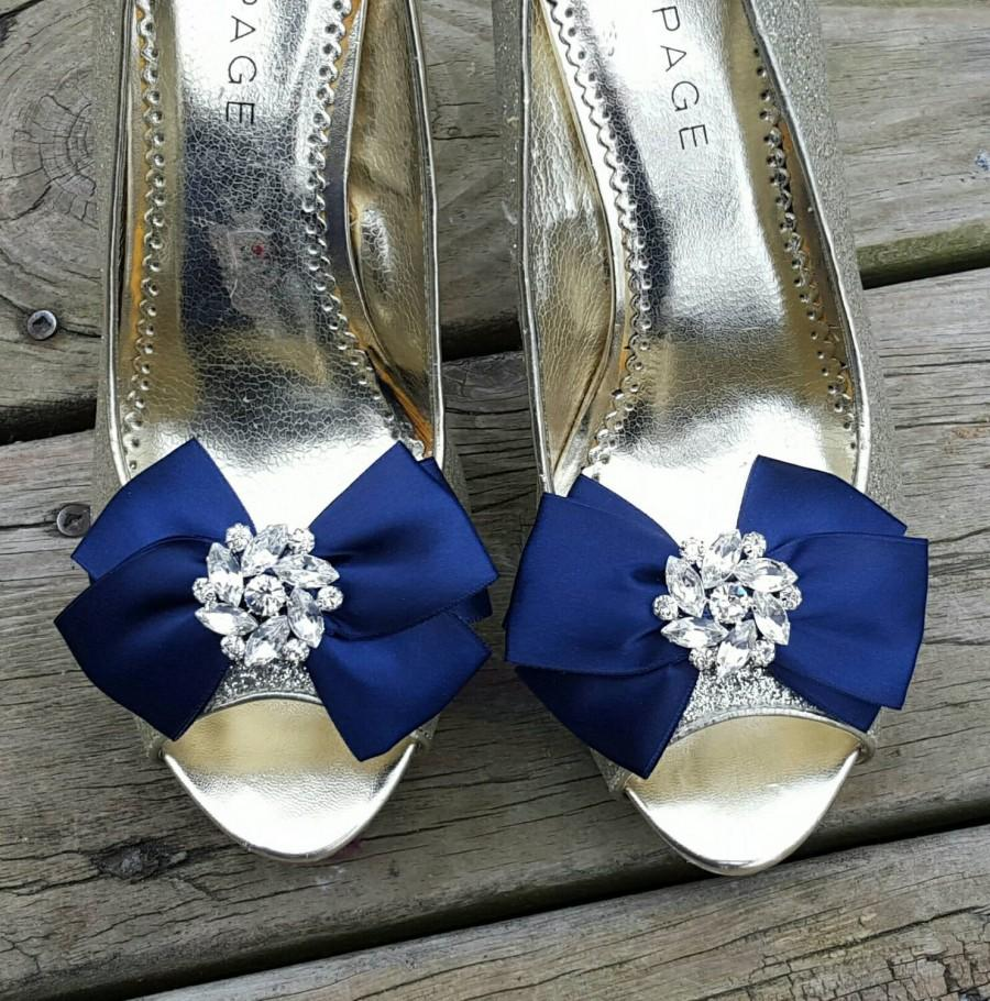 Hochzeit - Shoe Clips, Wedding Shoe Clips, Bridal Shoe Clips, Clips for Wedding Shoes, Bridal Shoes, Satin Bridal Bows, Bow Shoe Clips