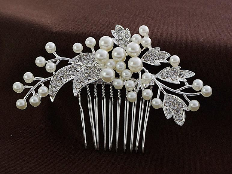 Mariage - Bridal flower hair comb, Pearl hair comb, Rhinestone hair comb, Bridal headpiece,  Wedding headpiece,Bridal hair jewelry