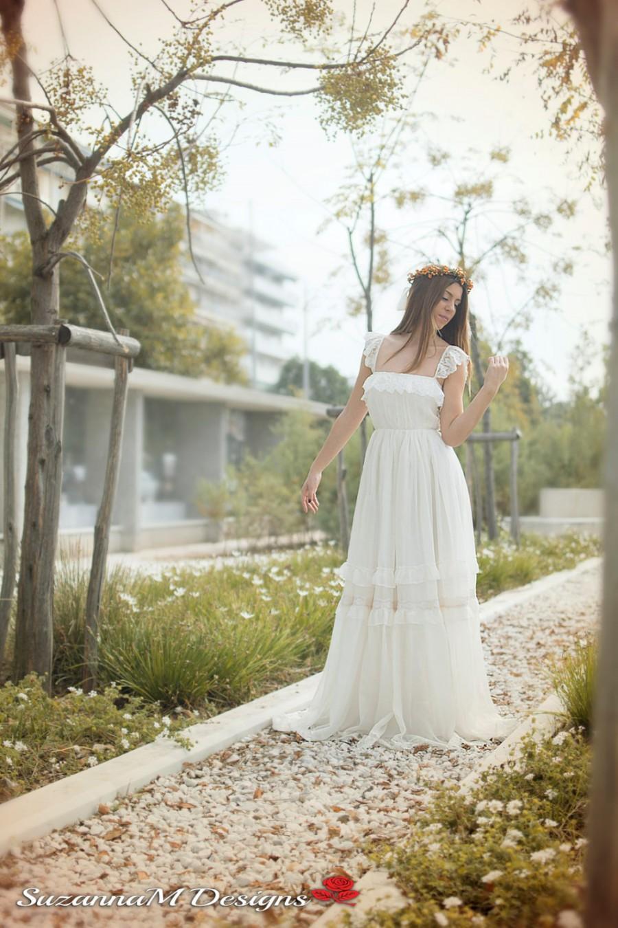 Wedding dress bohemian wedding gown boho bridal gown for Romantic bohemian wedding dresses