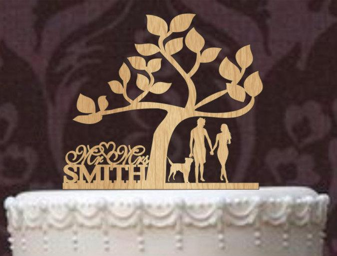Mariage - Rustic Wedding Cake Topper a Tree of life, Custom Wedding Cake Topper Mr and Mrs Personalized With Your Last Name, a dog silhouette