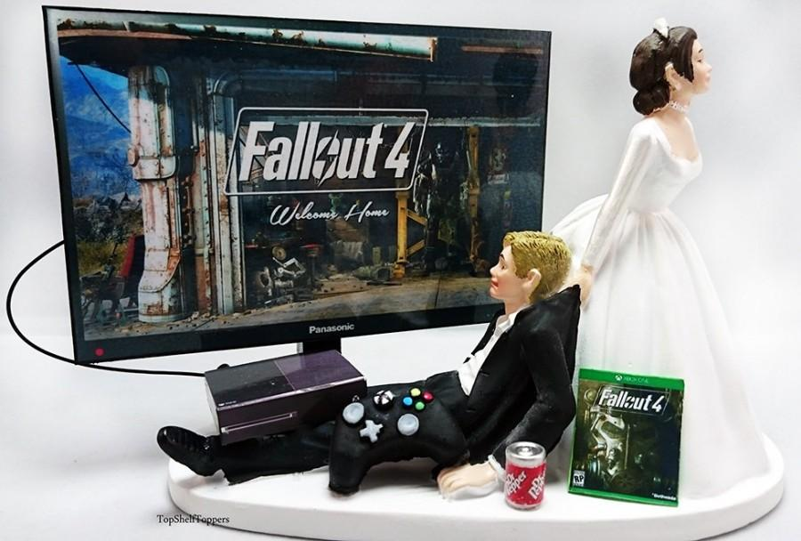 Mariage - Fallout Wedding Cake Topper Video Gamer Bride and Groom Xbox One/PS4/PC
