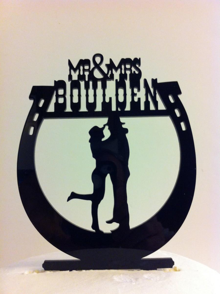 Mariage - Western Horseshoe Wedding Cake Topper, Silhouette Couple Mr & Mrs Surname Personalized Wedding Cake Topper