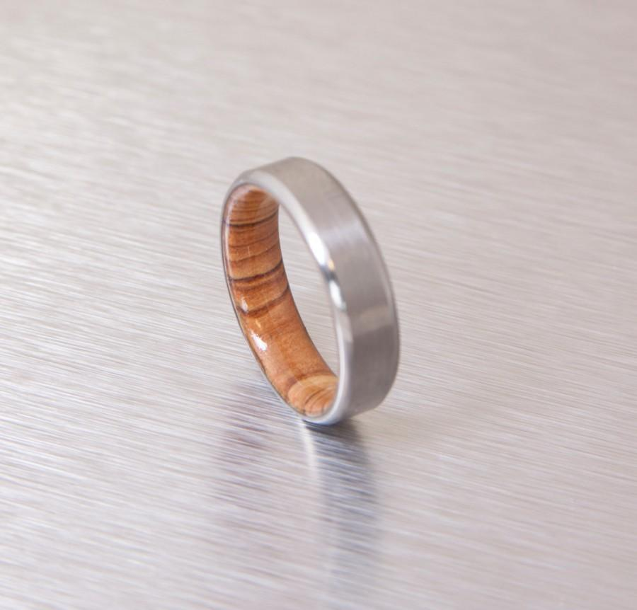 Mariage - Titanium and Olive Rings // Mens Wood Rings //wood Wedding Band //Men's wedding Band // beveled edge